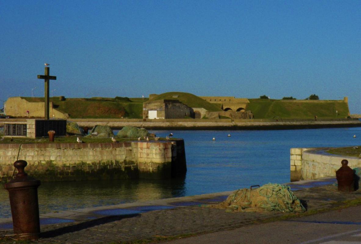 Photographie de fort Risban de Calais, à la plage