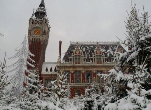 beffroi-sous-la-neige-herve-tavernier-calais.jpg