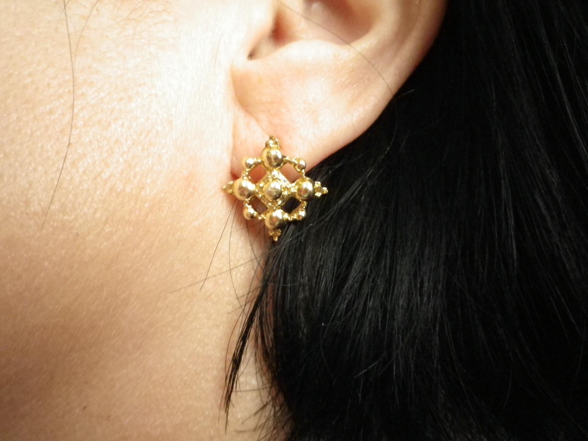 Boucles oreilles dormeuses boulonnaises ou calaisiennes