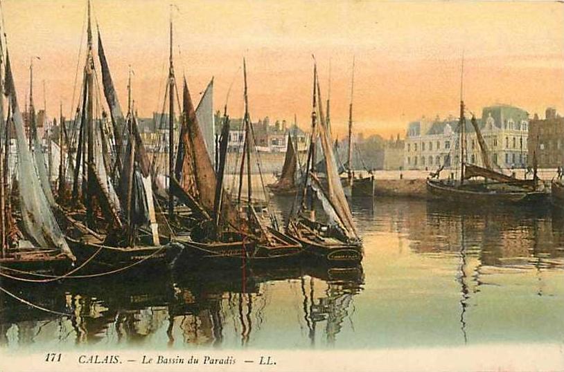 calais-bassin-et-bateaux-1.jpg