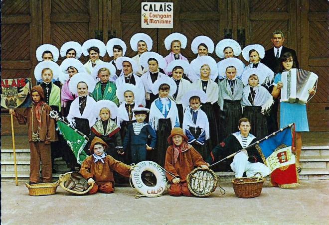 calais-groupe-folklorique-courgain-maritime-ancien-vieux.jpg