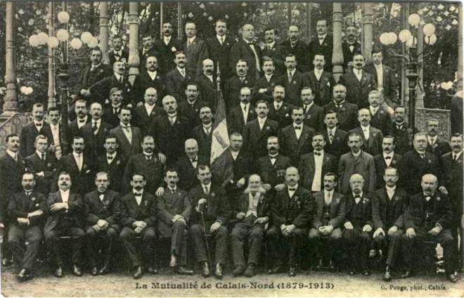 calais-la-mutualite-de-calais-nord-1879-1913.png