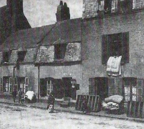 calais-maison-entre-le-bld-des-allies-et-la-rue-pierre-mulard.jpg