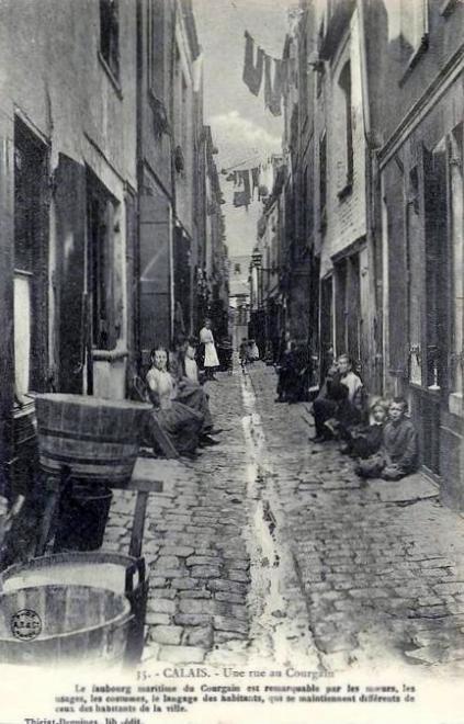 calais-une-rue-du-courgain-maritime.jpg