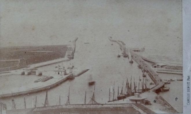 calais-vers-1860-par-camille-benoit.jpg