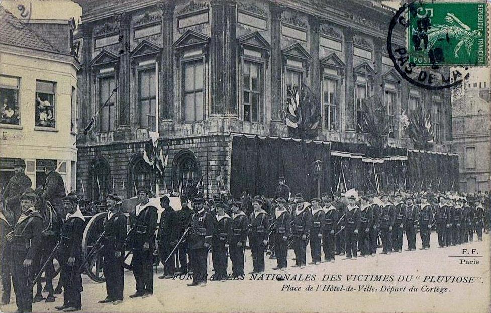 photo Calais funérailles de l'équipage du Pluviose