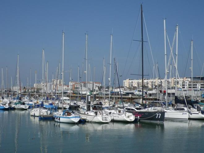 port-plaisance-calais.jpg