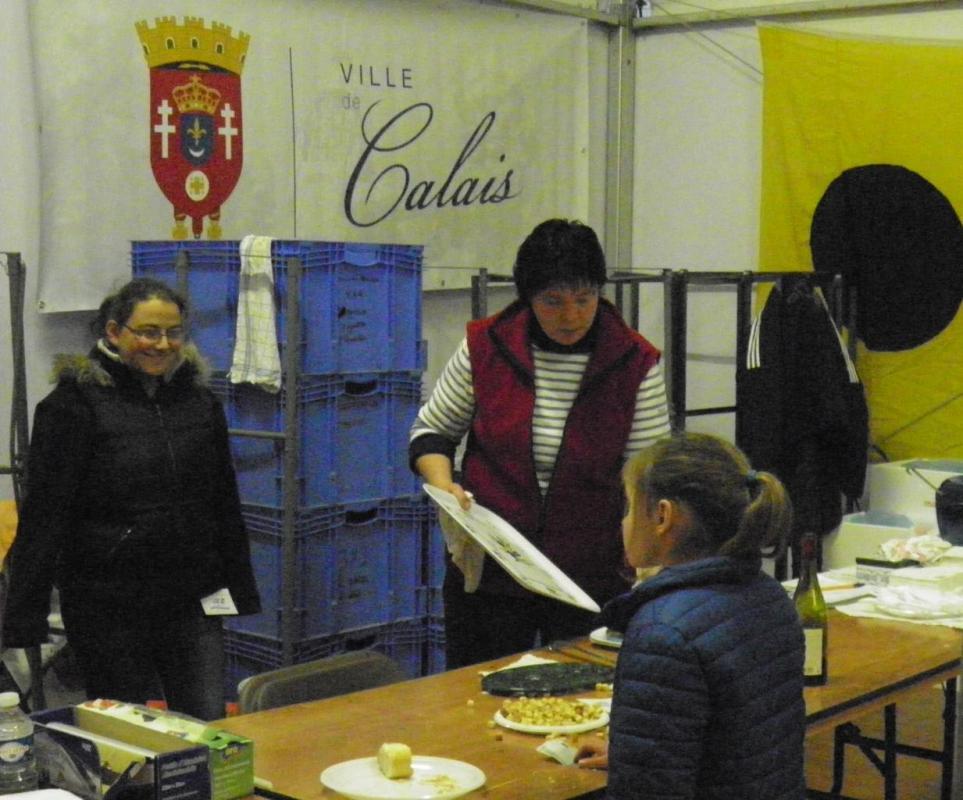 Photographie-calais-fête-du-hareng-2013-restauration