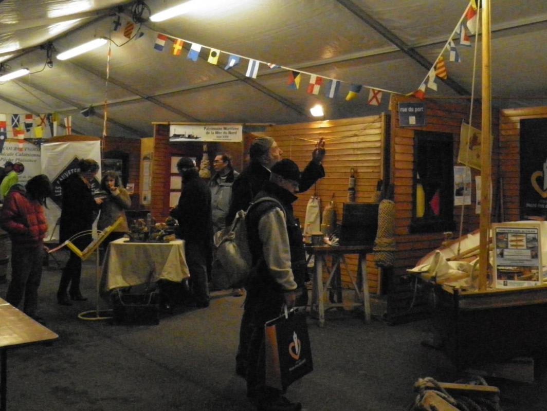 Photographie-prise-de-exposition-fete-du-hareng-calais-2013
