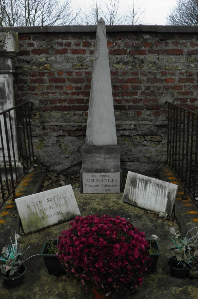 Tom souville tombe à Calais cimetière nord